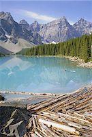 Moraine Lake, Rocky Mountains, Alberta, Canada    Stock Photo - Premium Rights-Managednull, Code: 841-02703197