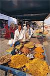 Snack food stall and stall holder, Dhariyawad, Rajasthan State, India    Stock Photo - Premium Rights-Managed, Artist: Robert Harding Images, Code: 841-02703298