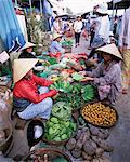 Women in conical hats selling fruit and vegetables in busy Central market, Hoi An, Central Vietnam, Vietnam, Indochina, Southeast Asia, Asia    Stock Photo - Premium Rights-Managed, Artist: Robert Harding Images, Code: 841-02705721