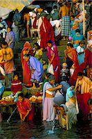 Early morning bathing in the holy river Ganges along Dasaswamedh Ghat, Varanasi (Benares), Uttar Pradesh state, India, Asia    Stock Photo - Premium Rights-Managednull, Code: 841-02705841