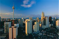 City skyline including the Petronas Building, the world's highest building, Kuala Lumpur, Malaysia    Stock Photo - Premium Rights-Managednull, Code: 841-02706201