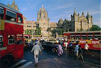 Traffic in front of the station, Victoria Railway Terminus, Mumbai (Bombay), Maharashtra State, India    Stock Photo - Premium Rights-Managednull, Code: 841-02706248