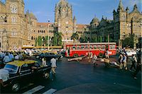 Traffic in front of the station, Victoria Railway Terminus, Mumbai (Bombay), Maharashtra State, India    Stock Photo - Premium Rights-Managednull, Code: 841-02706249