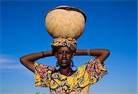 Peul woman, Senossa village, Djenne, Mali, Africa    Stock Photo - Premium Rights-Managednull, Code: 841-02714171