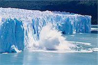 perito moreno glacier - Glacier ice melting and icebergs at Perito Moreno, Moreno Glacier, Parque Nacional Los Glaciares, UNESCO World Heritage Site, Patagonia, Argentina, South America    Stock Photo - Premium Rights-Managednull, Code: 841-02715098