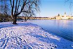 Strelecky Island, Vltava River and Old Town in winter, Mala Strana, Prague, Czech Republic, Europe    Stock Photo - Premium Rights-Managed, Artist: Robert Harding Images, Code: 841-02717049
