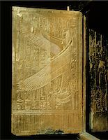 egyptian hieroglyphics - One of the double doors of the gilt shrine showing the goddess Isis, from the tomb of the pharaoh Tutankhamun, discovered in the Valley of the Kings, Thebes, Egypt, North Africa, Africa    Stock Photo - Premium Rights-Managednull, Code: 841-02717807