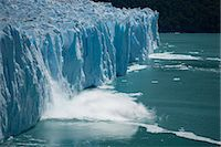 perito moreno glacier - Calving glacier, Perito Moreno Glacier, Los Glaciares National Park, UNESCO World Heritage Site, Santa Cruz, Argentina, South America    Stock Photo - Premium Rights-Managednull, Code: 841-02719574