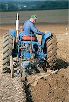 plow - Farmer ploughing near Sonning Common, Oxfordshire, England, United Kingdom, Europe    Stock Photo - Premium Rights-Managednull, Code: 841-02722741