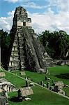 Temple of the Great Jaguar in the Grand Plaza, Mayan ruins, Tikal, UNESCO World Heritage Site, Peten, Guatemala, Central America    Stock Photo - Premium Rights-Managed, Artist: Robert Harding Images, Code: 841-02722818