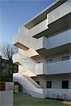 Isokon Flats, Lawn Road, Belsize Park, NW3. Built 1933 - 34, restored 2004. Balconies and external stairs. Wells Coates Avanti Architects    Stock Photo - Premium Rights-Managed, Artist: Arcaid, Code: 845-02725095