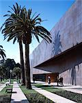 de Young Museum, San Francisco, 2005. Entrance. Architect: Herzog and de Meuron    Stock Photo - Premium Rights-Managed, Artist: Arcaid, Code: 845-02725643