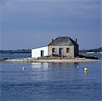 Fisherman's Hut, St Cado, Brittany.    Stock Photo - Premium Rights-Managed, Artist: Arcaid, Code: 845-02729727
