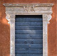 Doorway in Thiene, The Veneto.    Stock Photo - Premium Rights-Managednull, Code: 845-02729779