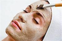 facial - Woman getting face mask Stock Photo - Premium Royalty-Freenull, Code: 649-02731257