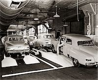 1950s STUDEBAKER PRODUCTION LINE    Stock Photo - Premium Rights-Managednull, Code: 846-02793389