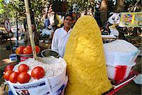 food stalls - Snack stall, Mumbai (Bombay), India, Asia    Stock Photo - Premium Rights-Managednull, Code: 841-02830809