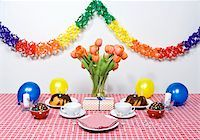 streamer - A table set for a party Stock Photo - Premium Royalty-Freenull, Code: 653-02834899