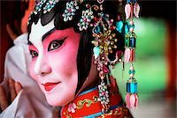 singapore traditional costume lady - Singapore, Member of Beijing Opera. Stock Photo - Premium Rights-Managednull, Code: 849-02867041