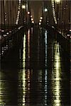 Elevated pedestrian walkway wet after rain at night, above Brooklyn Bridge, New York City Stock Photo - Premium Royalty-Free, Artist: Robert Harding Images, Code: 632-02885221