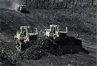 Black Coal Mining, Bulldozers, Australia Stock Photo - Premium Royalty-Freenull, Code: 600-02886593