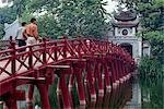 Ngoc Son Temple bridge, Hoan Kiem lake, Hanoi, Vietnam, Indochina, Southeast Asia, Asia Stock Photo - Premium Rights-Managed, Artist: Robert Harding Images, Code: 841-02899235