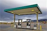 Gas Station in the Desert, Death Valley National Park, California, USA                                                                                                                                   Stock Photo - Premium Rights-Managed, Artist: Rudy Sulgan              , Code: 700-02913179