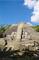 High Temple (Structure N10-43), the highest temple at the Mayan site at Lamanai, Lamanai, Belize, Central America Stock Photo - Premium Rights-Managednull, Code: 841-02917470