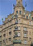 Harrods, Knightsbridge, London, England, United Kingdom, Europe Stock Photo - Premium Rights-Managed, Artist: Robert Harding Images, Code: 841-02919672