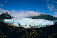 perito moreno glacier - Perito Moreno glacier (25 km long, 2 km wide), has almost dammed the Tempano channel, Patagonia, Argentina, South America Stock Photo - Premium Rights-Managednull, Code: 841-02925567