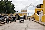 Horse carts in front of a church, Convento De San Antonio De Padua, Izamal, Yucatan, Mexico Stock Photo - Premium Royalty-Freenull, Code: 625-02933450
