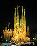 The Sagrada Familia, the Gaudi cathedral, illuminated at night in Barcelona, Cataluna, Spain, Europe                                                                                                     Stock Photo - Premium Rights-Managed, Artist: Robert Harding Images, Code: 841-02944391