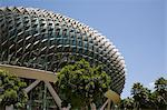 Esplanade Theatres on the Bay and Concert Hall centre for performing arts, durian shaped dome roof with aluminium sunshades, opened 2002, Marina Bay, Singapore, Southeast Asia, Asia                    Stock Photo - Premium Rights-Managed, Artist: Robert Harding Images, Code: 841-02946314
