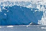 Boat tour at the face of Aialik Glacier in Kenai Fjords National Park, Alaska                                                                                                                            Stock Photo - Premium Rights-Managed, Artist: AlaskaStock              , Code: 854-02955645