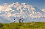 Group of tourists view Mt.McKinley from tundra overlook near Wonder Lake Denali National Park Alaska                                                                                                     Stock Photo - Premium Rights-Managed, Artist: AlaskaStock              , Code: 854-02956189