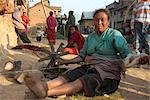 Woman Weaving, Chapagaon, Nepal                                                                                                                                                                          Stock Photo - Premium Rights-Managed, Artist: Sarah Murray             , Code: 700-02957840