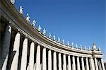 Statues of saints,Piazza San Pietro,The Vatican City,Rome,Italy                                                                                                                                          Stock Photo - Premium Rights-Managed, Artist: Axiom Photographic       , Code: 851-02960809