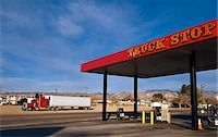 rural gas station - Truck stop (gas/ petrol station),Mojave,California,USA                                                                                                                                                   Stock Photo - Premium Rights-Managednull, Code: 851-02964063