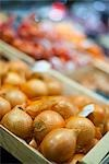 Onions at Market Stock Photo - Premium Royalty-Free, Artist: Holger Hill              , Code: 600-03005347