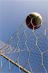 Soccer Ball Flying Into Goal                                                                                                                                                                             Stock Photo - Premium Rights-Managed, Artist: Aflo Sport               , Code: 858-03046481