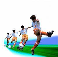 forward - Soccer (Kicking)                                                                                                                                                                                         Stock Photo - Premium Rights-Managednull, Code: 858-03052635