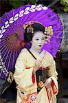 Geisha, maiko (trainee geisha) in Gion, Kyoto city, Honshu, Japan, Asia                                                                                                                                  Stock Photo - Premium Rights-Managed, Artist: Robert Harding Images    , Code: 841-03056243
