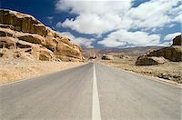road landscape - Road through rocky landscape, Jordan, Middle East                                                                                                                                                        Stock Photo - Premium Rights-Managednull, Code: 841-03057587