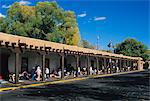 Palace of the Governors, Santa Fe, New Mexico, United States of America, North America                                                                                                                   Stock Photo - Premium Rights-Managed, Artist: Robert Harding Images    , Code: 841-03063937