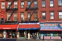 restaurant new york manhattan - Restaurants on 8th Avenue in Chelsea District, Midtown Manhattan, New York City, United States of America, North America                                                                                 Stock Photo - Premium Rights-Managednull, Code: 841-03065629