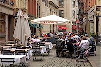 restaurant new york manhattan - Outdoor dining on Stone Street, Lower Manhattan, New York City, New York, United States of America, North America                                                                                        Stock Photo - Premium Rights-Managednull, Code: 841-03066368