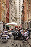 restaurant new york manhattan - Outdoor dining on Stone Street, Lower Manhattan, New York City, New York, United States of America, North America                                                                                        Stock Photo - Premium Rights-Managednull, Code: 841-03066370