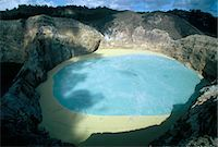 flores - One of three crater lakes at the summit of Kelimutu volcano near Moni, soil chemical creates the unusual colours, island of Flores, Indonesia, Southeast Asia, Asia                                      Stock Photo - Premium Rights-Managednull, Code: 841-03067387
