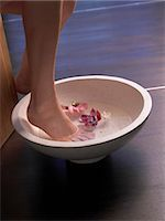 foot model - Foot bath Stock Photo - Premium Royalty-Freenull, Code: 689-03127353