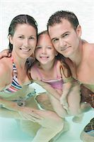 Portrait of Family in Pool                                                                                                                                                                               Stock Photo - Premium Rights-Managednull, Code: 700-03152955